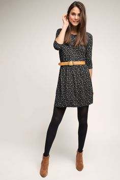 Esprit – Jersey Kleid mit Minimal-Print im Online Shop kaufen Esprit – Jersey dress with minimal print in the online shop Mode Outfits, Fall Outfits, Casual Outfits, Christmas Outfits, How To Wear Belts, Cute Outfits For School, School Wear, Vestidos Vintage, Dresses With Leggings