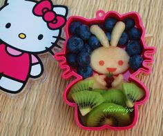 Hello Kitty fruit bunny bento – awwwww!