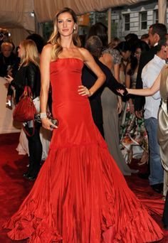 Gisele Bunchen you are so pretty!    www.luxuryfinejewellery.com