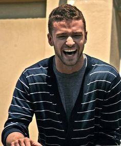 Always having a lil chuckle =) Jessica Justin, Justin Baby, Hey Dude, Renaissance Men, Justin Timberlake, Fine Men, Famous Faces, Bambi, Beautiful Boys