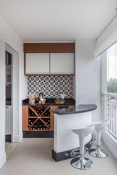 46 Inspiring Mini Bar Design Ideas On Your Apartment Balcony Design # Mini Bars, Easy Home Decor, Home Decor Trends, Small Balcony Design, Narrow Balcony, Home Bar Designs, Interior Design Boards, Bar Interior, Interior Decorating Styles