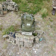 2 x The Warrior Helmet Cargo packs 😍🇬🇧 one in OD and one in MultiCam 🤘  Work time!  ALL GLOVES GIVEN BY mechanix_wear TO TEST THEM OUT!! the.alphas . #airsoftworldwide #airsoft #airsoftuk #pewpew #guns #6mm #gunfighter #cqb #milsim #mechanix #cqb #airsoftuk #airsoftteam #mk18 #picoftheday #picoftheday #airsoftnation #airsoftcommunity #systemaptw #aisoftgun #ptw #military #activeduty #warriorassaultsystems #uktactical #britisharmy ( #📷 @gunfighter_airsoft )