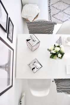 Black & white interior | dining room