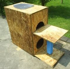 outdoor cat houses | craftastrophe: Here kitty, kitty kitty...