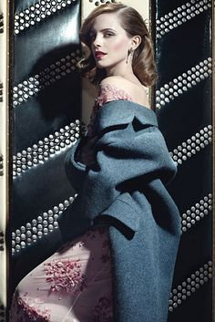 When Miss Watson posed for W Magazine and she looked classy as hell. | The 28 Most Flawless Emma Watson Moments Of 2013
