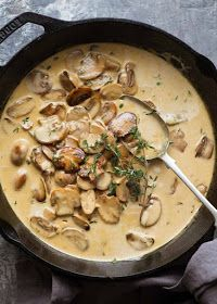 Creamy Mushroom Sauce, Creamy Mushrooms, Stuffed Mushrooms, Stuffed Peppers, Mushroom Soup, Mushroom Stroganoff, Stroganoff Recipe, Creamy Sauce, Sauce Recipes