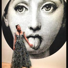 #GiovannaBattaglia Giovanna Battaglia: A giant tongue out #fornasetti emoji