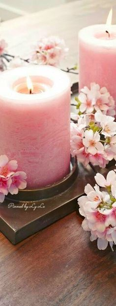 Pinned by Jadranka Candle Lanterns, Pillar Candles, Romantic Table Setting, Everything Pink, Shabby Chic Style, Sweet Girls, Pink Roses, Pink And Gold, Pretty In Pink