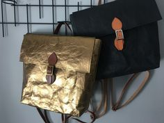 Golden backpack when you want to stand out from the crowd! Gold Backpacks, Gold Accessories, Everyday Bag, Leather Bags, Bradley Mountain, Crowd, Shopping Bag, Paper, Leather Totes