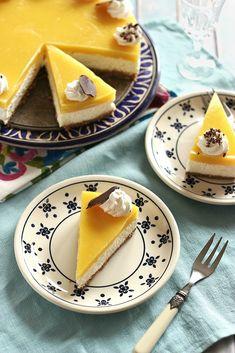 Juditka konyhája: ~ MANGÓS TÚRÓTORTA ~ Coffee Cafe, Cocoa, Panna Cotta, Mango, Lime, Ethnic Recipes, Cakes, Kaffee, Manga