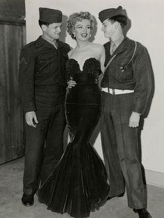"foxybelka: "" Marilyn Monroe "" That goddamn dress!!!!"