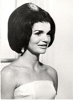 Jackie Wearing the Starlight Pin in her hair looking Absoultly Stunning