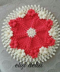 HUZUR SOKAĞI (Yaşamaya Değer Hobiler) Filet Crochet, Crochet Doilies, Crochet Motif, Crochet Hats, Knit Crochet, Crochet Stitches, Crochet Patterns, Crochet Fashion, Washing Clothes