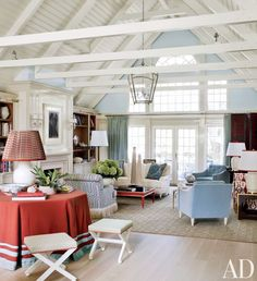 Find home décor inspiration at Architectural Digest. Everything you'll need to design each and every room in your house, from the kitchen to the master suite. Architectural Digest, Beach Living Room, Living Area, Living Spaces, Living Rooms, Family Rooms, Coastal Living, Coastal Decor, Small Living