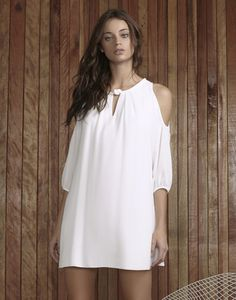 Vestido Amplo Recorte Ombros Branco - Lez a Lez