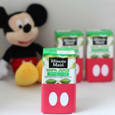 Easy DIY Mickey Mouse Juice Boxes with Free Printable and Cut File Theme Mickey, Mickey Mouse Clubhouse Birthday Party, Mickey Mouse 1st Birthday, Mickey Mouse Parties, Mickey Party, 2nd Birthday Parties, Birthday Ideas, Disney Parties, Fete Emma