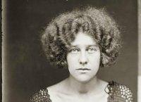 I volti e le storie delle donne criminali del secolo scorso in queste splendide foto segnaletiche