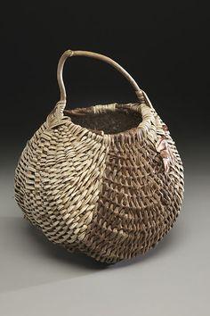 File:Handmade basket kudzu.jpg
