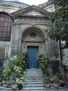 L'escalier de potées de l'église Saint-Roch (Paris 1er)  http://www.pariscotejardin.fr/2012/12/l-escalier-de-potees-de-l-eglise-saint-roch-paris-1er/