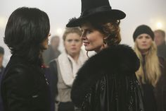 """Once Upon a Time Photo Stills and Behind the Scenes and 3x16, """"It's not easy being green"""""""