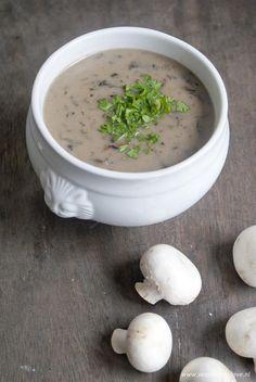 Foto: Zelfgemaakte champignonsoep. Simpel, gezond en lekker! - Recept in bron.. Geplaatst door Seasonwithlove op Welke.nl