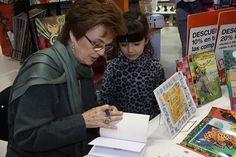 Canela, escritora y editora argentina.
