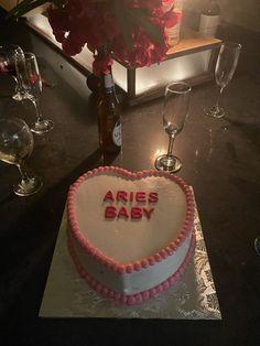 Pretty Birthday Cakes, Pretty Cakes, Funny Birthday Cakes, Ugly Cakes, Aries Baby, Korean Cake, Pastel Cakes, Funny Cake, Bday Girl