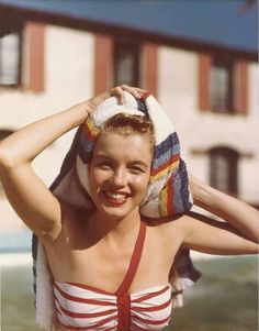 Marilyn Monroe swimming, vintage swimsuit