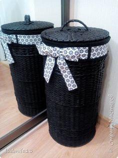 Поделка изделие Плетение Шитьё еще корзина Бумага газетная Ткань Трубочки бумажные фото 1