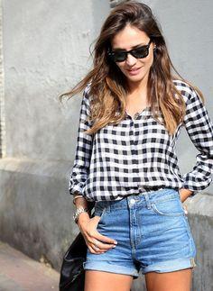 look camisa xadrez denim shorts