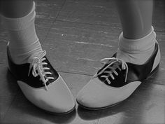 slingback I wore these in grade school! Cheerleading Shoes, Retro Fashion, Vintage Fashion, Saddle Oxfords, Fashion History, Hippie Style, Oxford Shoes, Black And White, Boots