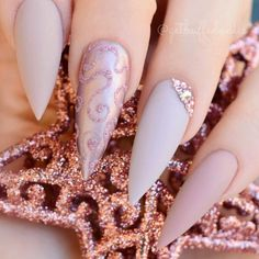 Looking for the best nude nail designs? Here is my list of best nude nails for your inspiration. Check out these perfect nude acrylic nails! Pointy Nails, Stiletto Nail Art, Acrylic Nails, Nail Nail, Gel Nail Art Designs, Elegant Nail Designs, Gel Nagel Design, Mauve Nails, Nagel Gel