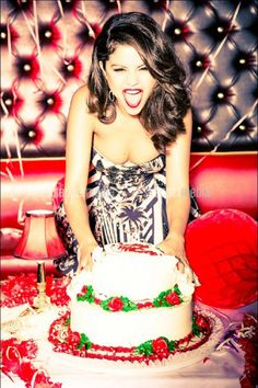 Selena Gomez Photoshoot for GLAMOUR Magazine, Selena Gomez Style, Outfits and Clothes. Selena Gomez 2012, Selena Gomez Photoshoot, Selena Gomez Pictures, Photoshoot Ideas, 25th Birthday, Girl Birthday, Birthday Ideas, Happy Birthday, Birthday Cake