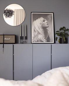 Grey Interior Design, Beautiful Interior Design, Tropical Bedrooms, Minimal Home, Cabinet Decor, Bedroom Inspo, Furniture Styles, Interior Inspiration, Interior Decorating