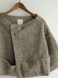 French linen jacket - love the pin closure (maybe a new life for my kilt pins!)
