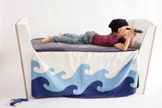Aye-Aye Kids Blanket by jäll & tofta