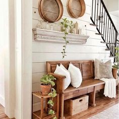 ✔ 70 kreative DIY Bauernhaus Wohnkultur Ideen und Inspirationen 1 18 Entryway Farmhouse Decor Ideas That Are Beautiful and Functional at the Same Time! Country Decor, Farmhouse Decor, Farmhouse Lighting, Country Farmhouse, Farmhouse Stairs, Country Interior, Vintage Farmhouse, Farmhouse Design, Interior Doors