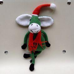 Peluche âne Noël Crochet Necklace, Creations, Christmas Ornaments, Holiday Decor, Home Decor, Plush, Amigurumi, Cats, Handmade