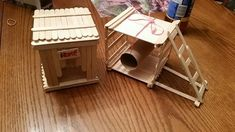 Homemade hamster toys made out of popsicle sticks Gerbil Toys, Diy Hamster Toys, Hamster Diy Cage, Hamster Life, Hamster Habitat, Baby Hamster, Rat Toys, Hamster House, Guinea Pig Toys