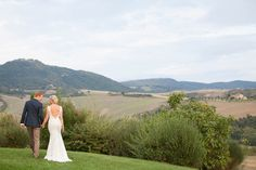 Can you even imagine hosting a wedding in Tuscany? It simply doesn't get more romantic, and this beautiful soiree captured by Amy Turner and planned to perfection by Super Tuscan Wedding Planners . Italian Weddings, Tuscan Wedding, Wedding 2015, Destination Weddings, Tuscany, Wedding Planner, Amy, Style Me, Romantic