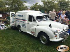 Morris Minor, Jaguar, Antique Cars, British, Vans, Vintage Cars, Van, Cheetah