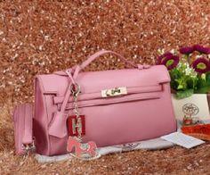 CLUTH-HERMES-LONG-KELLY-21002 -uk-31x7x17cm -bahan-kulit -mainan-kuda-swaroskygembokdll -kualitas-SEMIPREMIUM -warna-pink.jpg (320×266)   -Berat. : 1kg/pcs - Harga : Rp 350.000,-  -Kelengkapan : Sertifikat + Tali Panjang