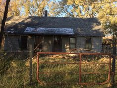 """Abandoned home in Adair OK (this could be right out of """"the walking dead"""", love this look)"""