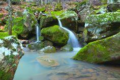 Hidden waterfall in Ozark National Forest Arkansas [OC] [60004000] #reddit