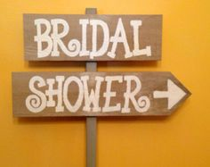 Rustic Bridal Shower Sign. @joannefisher can you make me this for Krystals, using some of your pallets :) Making this for my Daughters best friends shower.