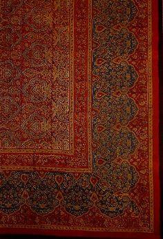 Oblong Tablecloth in Royal Burgundy Leaf Design (150 X 225cm)