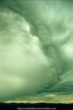 Weather Stock Photography Australian Severe Weather - 20011026mb02_shelf_cloud_mcleans_ridges_nsw