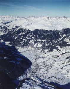 Klosters mit Madrishorn. LBS_L1-760114 Image Archive, Switzerland, Mount Everest, Mountains, Nature, Photos, Travel, Naturaleza, Viajes