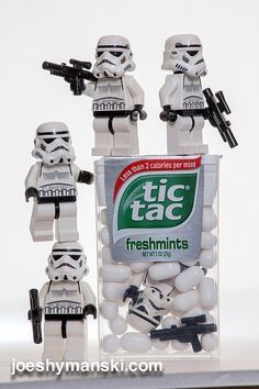 Photos of Star Wars Legos in Different Situations Are Like a Burst of Happiness - Star Wars Stormtroopers - Ideas of Star Wars Stormtroopers - Guess stormtroopers prefer Tic Tacs over gum? Star Wars Fun, Lego Star Wars, Star Trek, Lego Stormtrooper, Star Wars Darth Vader, Starwars Lego, Darth Maul, Obi Wan, Lego Humor