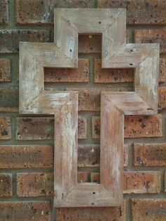 Pallet cross Pallet Cross, Repurposing, Pallets, Reuse, Projects To Try, Crafty, Inspiration, Ideas, Home Decor
